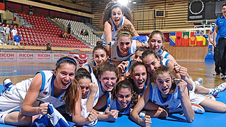 Greece celebrate their win over Serbia that secured them a spot in the Qualifying Round