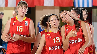 13. Laia Flores (Spain), 15. Sara Zaragoza (Spain)