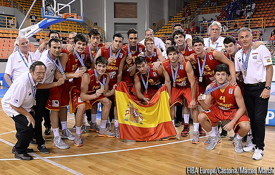 Silver medallists Spain